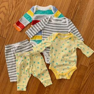 Baby gap matching set